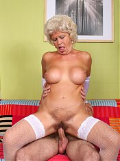 Mature woman Francesca wears her sexy stockings and later got her pussy teased and fucked after a blowjob