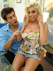 Pornstar Britney Amber unleashes her big boobs and agrees to fuck a big cock in front of a live cam